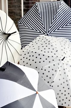 {black and white umbrellas = adorable baby shower decor} After four years of posting my SFMW's on Mondays, it feels so weird to be doing this on a Friday! But I think it's kind of a great way to end