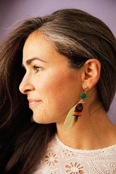 5 Women on Going Gray - Hair - Beauty Grey Hair Don't Care, Gray Hair, Charcoal Hair, Henna, Salt And Pepper Hair, Beautiful Hair Color, Going Gray, Dye My Hair, Hair Pictures