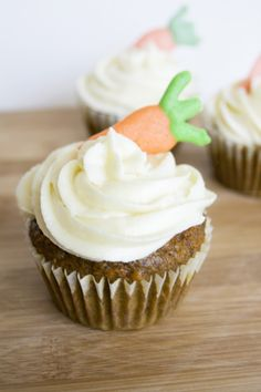 (Healthier) Carrot Cake Cupcakes
