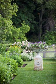 Artemis Farm-garden