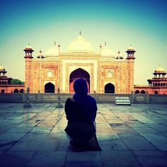 """""""Needless to say this was a beautiful and fulfilling moment"""" - This is what she had to say when she visited Taj Mahal during her volunteer trip to India.#volsolfeaturedvolunteer #volsol #volsolindia #india #agra #tajmahal #volunteerexperience #travel #memories #volunteeroftheday #volunteering #2016 #socialgood #instatravel  photo by @summatin"""