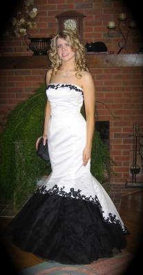 Beautiful Black and White Wedding, Formal, Prom Mermaid Dress.