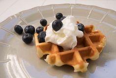 Luikse wafels glutenvrij | Foodaholic Lactose Free Recipes, Gluten Free, Fodmap, Free Food, Waffles, Bbq, Baking, Breakfast, Glutenfree