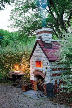 Outdoor pizza oven; my husband should never ever see this pin or I will come home one day and find this in my back yard.  Although, that wouldn't be so bad, come to think of it...