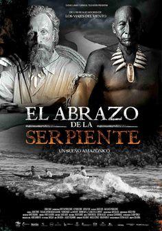 """DVD CINE 2501 - El abrazo de la serpiente (2015) Colombia. Dir.: Ciro Guerra. Drama. Aventuras. Relixión. Sinopse: Karamakate foi no seu día un poderoso chamán do Amazonas; é o último sobrevivente do seu pobo e vive no máis profundo da selva. Leva anos en soidade, o cal converteuno nun """"chullachaqui"""", unha casca baleira de home, privado de emocións e recordos."""