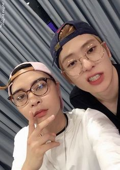 Johnny and Jaehyun as Fuck boys 💦 Nct Johnny, Johnny Seo, Jaehyun Nct, Winwin, Taeyong, Estilo Lolita, Doja Cat, Jung Jaehyun, Jung Woo