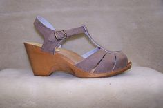 sven wedge ankle strap