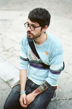 sunset sweater hipster