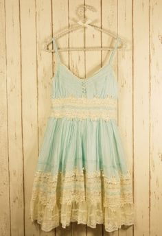 Boho Style - Mint Lace Dress - Retro, Indie and Unique Fashion Pretty Outfits, Pretty Dresses, Cute Outfits, Lacy Dresses, Pastel Dresses, Floral Dresses, Look Fashion, Unique Fashion, Dress Fashion