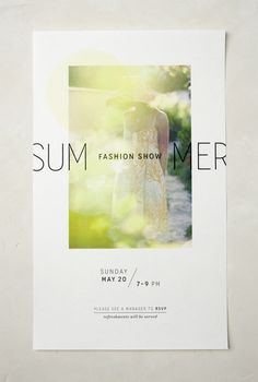 Een affiche is een soort van poster om reclame te maken voor een evenement of een gebeurtenis. In dit geval een fashionshow