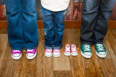 Gender announcement pregnancy photo with converse shoes .Image Photography (this is actually My family!) Love this pic Maternity Photography Tips, Gender Announcements, Pregnancy Photos, Maternity Photos, Love Pictures, Family Love, Converse Shoes, Cute Babies, New Baby Products