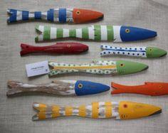 Escuela de piquete de pintado a mano de 4 peces por CottageToCabin