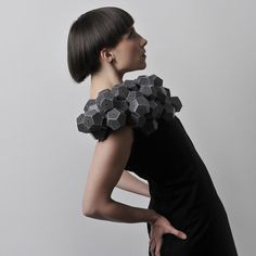 Product design graduate Amila Hrustić of Bosnia and Herzegovina has created a collection of dresses embellished with clustered geometric shapes. Paper Fashion, Origami Fashion, Geometric Dress, Geometric Shapes, Stylish Outfits, Fashion Outfits, Womens Fashion, Sandy Style, Capitol Couture