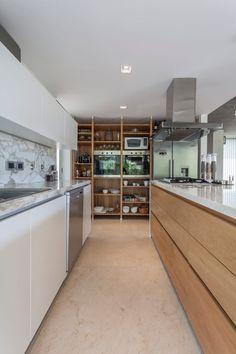 Descubra fotos de Cozinhas modernas por ESTUDIO GEYA. Veja fotos com as melhores ideias e inspirações para criar uma casa perfeita.