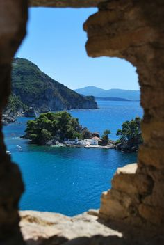 Parga Greece Amazing Places On Earth, Beautiful Places In The World, Beautiful Places To Visit, Greece Tourist Attractions, Places To Travel, Places To Go, Beau Site, Corfu Greece, Cambodia Travel
