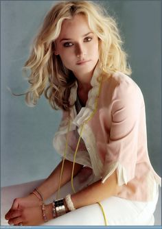 Diane Kruger who are you I have no idea but you are beautiful