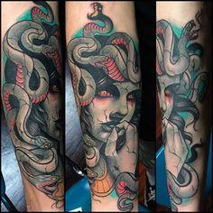 https://www.tattoodo.com/a/2016/03/25-wicked-medusa-tattoos/