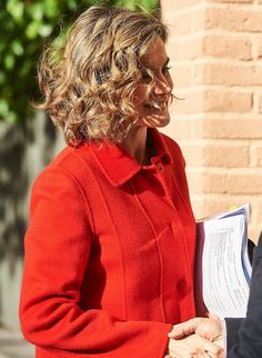 Queen Letizia attended a meeting with the Board of the Spanish Federation of Rare Diseases at FEDER headquarters on December 9, 2015 in Madrid.