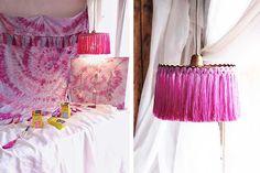 Fiesta del color con Tintes Iberia - HANDBOX Scrabble Letras, Color Celeste, Estilo Hippy, Diy, Home Decor, Old Bed Sheets, Revamp Clothes, Tie Dye Dyed, Duvet Covers