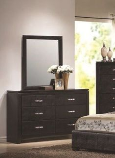 Dylan Transitional Black Dressers And Mirrors