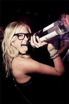 """""""bar, black, bottle, girl, glasses"""" https://sumally.com/p/1449210"""