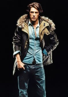 Love this coat. And his face. Lol