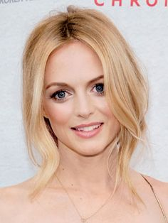 Heather Graham at the Kimchi Chronicles party Heather Graham, Loose Hairstyles, Bride Hairstyles, Gorgeous Hairstyles, Hair Flow, Hair Extensions Best, Sleek Ponytail, Messy Updo, Brown Blonde Hair