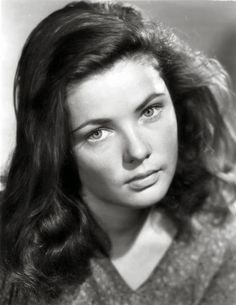 """An unglamorous Gene Tierney in her third movie """"Tobacco Road"""" (1941), written by Nunnally Johnson and directed by John Ford. Description from pinterest.com. I searched for this on bing.com/images"""