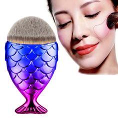 2017 New 1pc Fish Scale Makeup Brush Fishtail Bottom Brush Powder Blush Makeup Cosmetic Brushes Tool New Arrival M22