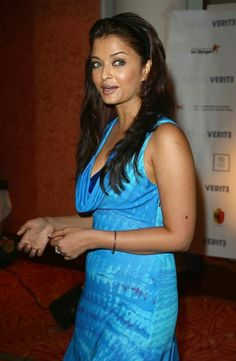 Aishwarya Rai attends the Cinema Verite 2009 press conference, held at the Hotel Martinez during the International Cannes Film Festival on May 2009 in Cannes, France. Aishwarya Rai Cannes, Aishwarya Rai Images, Actress Aishwarya Rai, Aishwarya Rai Bachchan, Amitabh Bachchan, Beautiful Bollywood Actress, Most Beautiful Indian Actress, Most Beautiful Women, Beautiful Actresses