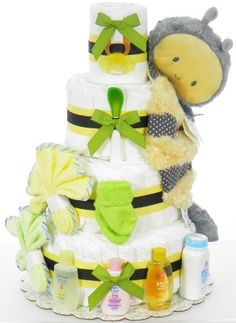 Diaper cakes are a pretty cute idea, but my goodness they can be expensive. Looking for a good DIY tutorial. Baby Shower Diapers, Baby Shower Cakes, Baby Shower Parties, Baby Shower Gifts, Baby Showers, Shower Baby, Dipper Cakes, Coco Baby, Baby Baby