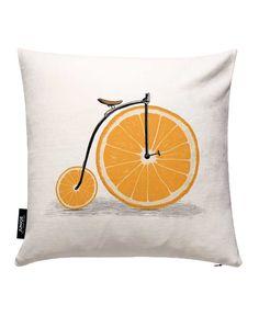 Orange Wheels als Kissenbezug von Speakerine | JUNIQE