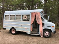 Design A Camper Van And We'll Give You A Road Trip To Go On life hacks life aesthetic life budget life interior life vehicles Vintage Campers, Camping Vintage, Vintage Rv, Vintage Beauty, Vintage Trailers, Van Life, Motorhome, Build A Camper Van, Blue Bus