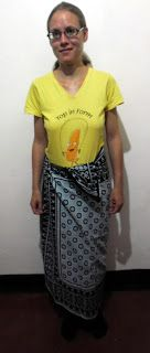 SANAA ZETU, THE OLDEST CURIO SHOP IN MOSHI TOWN: Kanga the mostly used clothing in Tanzania