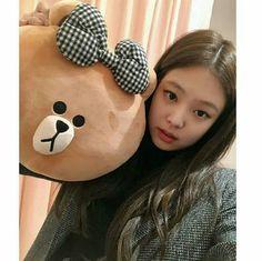 blackpink in your area Blackpink Jennie, Yg Entertainment, Mamamoo, Girls Generation, South Korean Girls, Korean Girl Groups, Fake Instagram, Black Pink ジス, Blackpink Photos