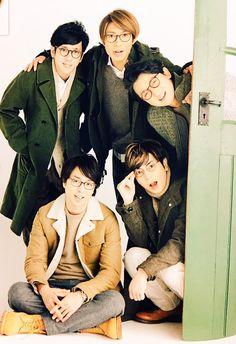 嵐 in glasses You Are My Soul, Ninomiya Kazunari, Japanese Boy, Asian Celebrities, Voice Actor, Pose Reference, My Sunshine, Boy Bands, Superstar