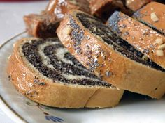 Polish Dishes That Will Rock Your World One of the most traditional Polish desserts, it's a poppy seed pastry cake served at Christmas and Easter.One of the most traditional Polish desserts, it's a poppy seed pastry cake served at Christmas and Easter. Slovak Recipes, Ukrainian Recipes, Hungarian Recipes, Russian Recipes, Just Desserts, Dessert Recipes, Jello Desserts, Dessert Bread, Dessert Food