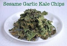 How to make Sesame Garlic Kale Chips on Jeanette's Healthy Living #kalechips - Jeanette's Healthy Living
