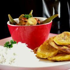 Ragoût de gombos au berbéré et frites de banane plantain (vegan) (Battle Food #41) Banane Plantain, Muffins, Guacamole, Mashed Potatoes, Cake, Mexican, Meat, Chicken, Banana