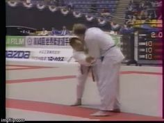 In honor of a great master that is no longer among us. The great Hitochi Saito doing a wonderful Uchi-mata.