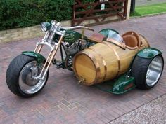 Harley Davidson with Beer Barrel sidecar Harley Davidson, Cool Motorcycles, Vintage Motorcycles, Bobbers, Scooters, Motos Retro, Cruisers, Trike Motorcycle, Steampunk Motorcycle