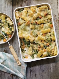 Ricardo's recipe: Squash and Leek Rigatoni au Gratin Leek Recipes, Yummy Pasta Recipes, Veggie Recipes, Vegetarian Recipes, Cooking Recipes, Healthy Recipes, Rigatoni Recipes, Ricardo Recipe, Confort Food