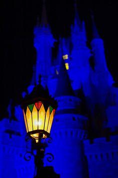 Disney - Cinderella Castle area Lamp by Express Monorail, via Flickr