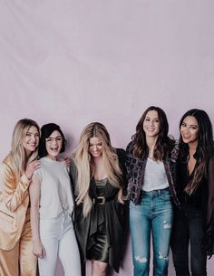 Ashley Benson, Lucy Hale, Sasha Pieterse, Troian Bellisario, Shay Mitchell