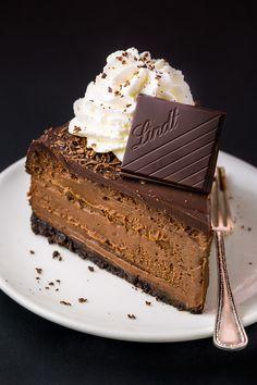 Rich and creamy Chocolate Mascarpone Cheesecake!