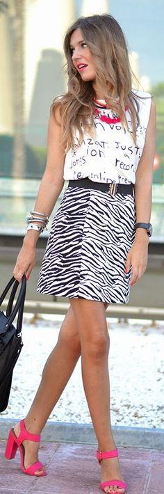 Zara Black And White Zebra Print Mini Skirt by Mi Aventura Con La Moda #skirt #streetstyle