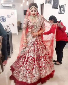 End Customization with Hand Embroidery & beautiful Zardosi Art by Expert & Experienced Artist That reflect in Blouse , Lehenga & Sarees Designer creativity that will sunshine You & your Party. Indian Bridal Fashion, Indian Bridal Wear, Indian Wedding Outfits, Bridal Outfits, Indian Outfits, Bridal Dresses, Indian Lehenga, Red Lehenga, Designer Bridal Lehenga