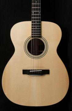 Eastman E10-OM Adirondack/Mahogany Acoustic Guitar 17874