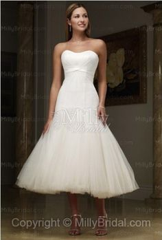 http://www.millybridal.com/a-line-sweetheart-organza-pleating-white-tea-length-wedding-dress-p-476.html    A-line Sweetheart Organza pleating White Tea-length Wedding Dress at Millybridal.com