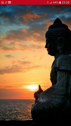 Buddha Point Sunset on the Waikoloa Coast ~ Big Island of Hawaii ~ Lotus Buddha, Buddha Zen, Gautama Buddha, Buda Wallpaper, Buddha Kunst, Little Buddha, Zen Meditation, Vipassana Meditation, Walking Meditation